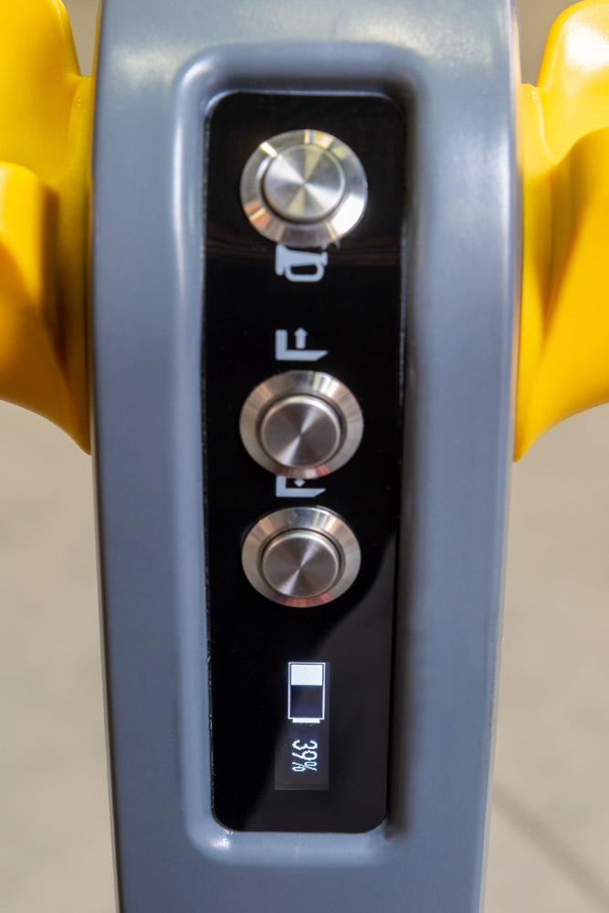 Elektrický paletový vozík Holzmann HUB15FLEX 24V-2